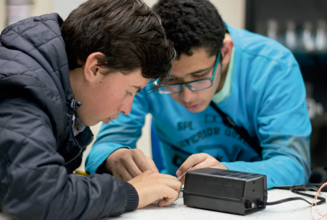 Estudiantes programa técnico laboral